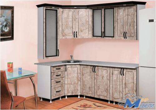 Кухня угловая. Габаритные размеры 1.2х2.2м